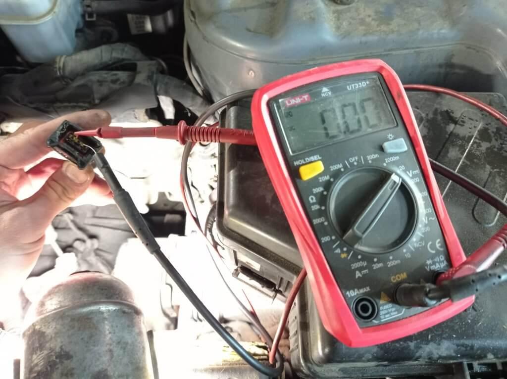 Проверка датчика скорости мультиметром