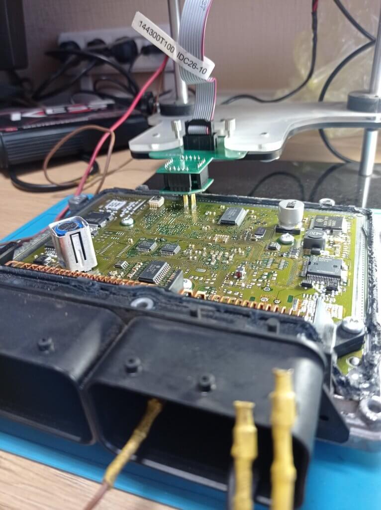 ЭБУ Bosch ME9.7 MB E211